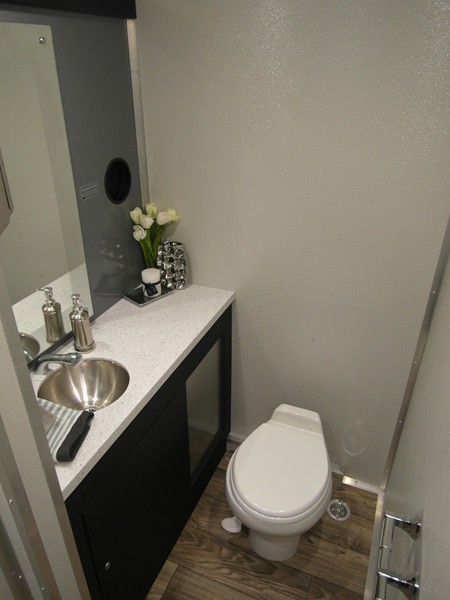 Portable Bathroom Solution : Portable luxury mobile toilet photos fabulous flush